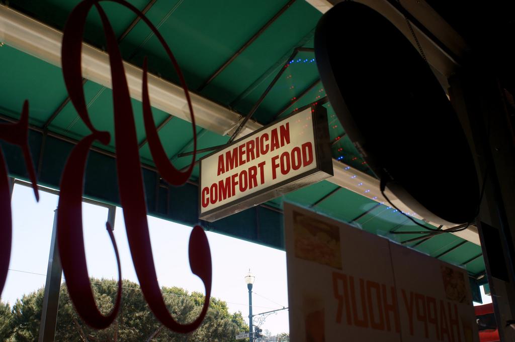 "Sign: ""American Comfort Food"""