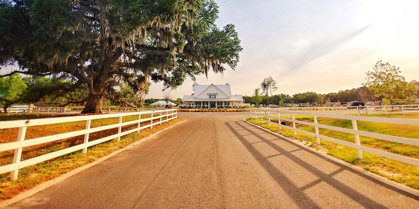 Entrance to CreekFire Motor Ranch in Savannah, GA