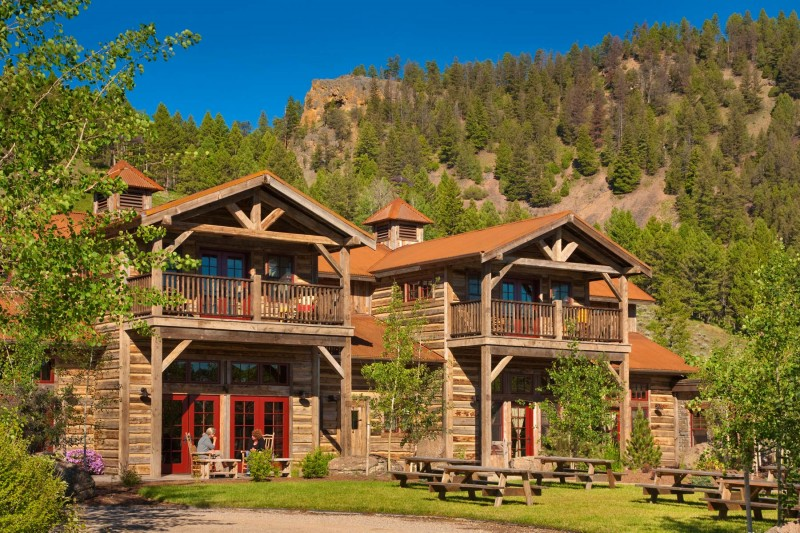 Jetset Camping: 4 Reasons to Love Luxury Travel in the Backwoods
