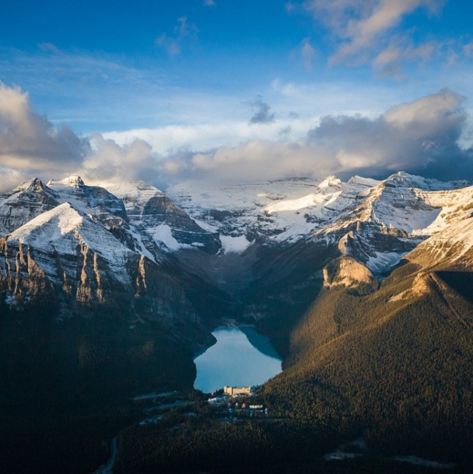 lake-helicopter-tour-calgary-canadian-rockies-viator