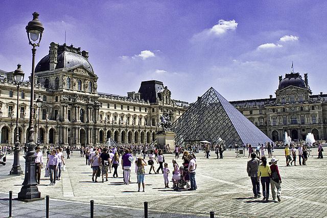 The Louvre is Slightly Safer After Recent Arrests — Vagabondish