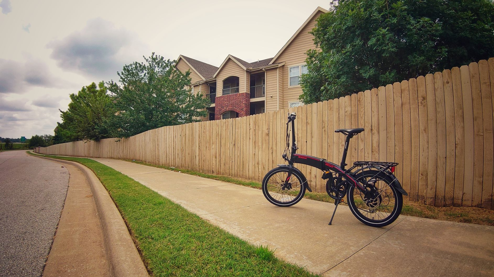Oyama CX E8D Series II Folding Electric Bike Review — Vagabondish