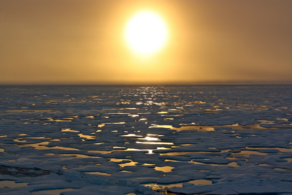 Sunset in the Arctic (Chukchi Sea)