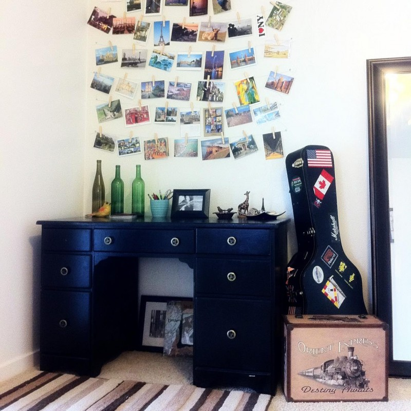 Travel Postcard Wall Art (casual clothespin)