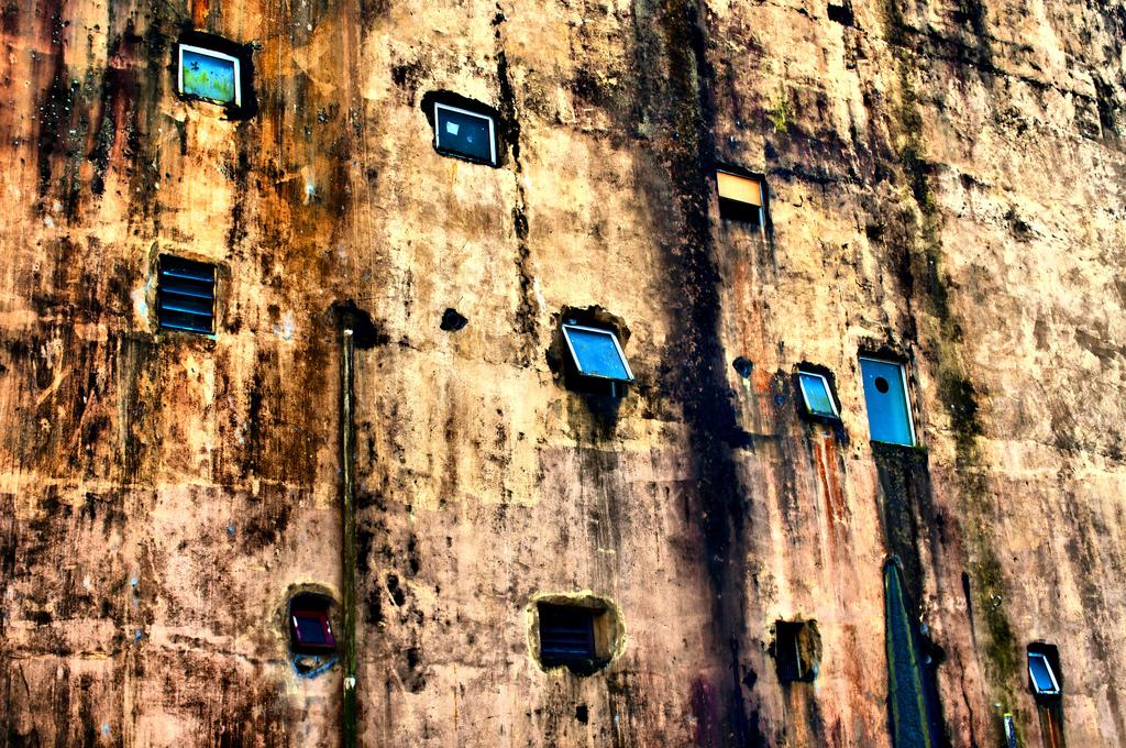 Urban Ruins, Fiji