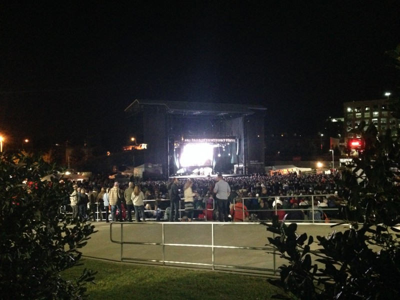 Crowds at Wide Open Bluegrass 2014, Raleigh